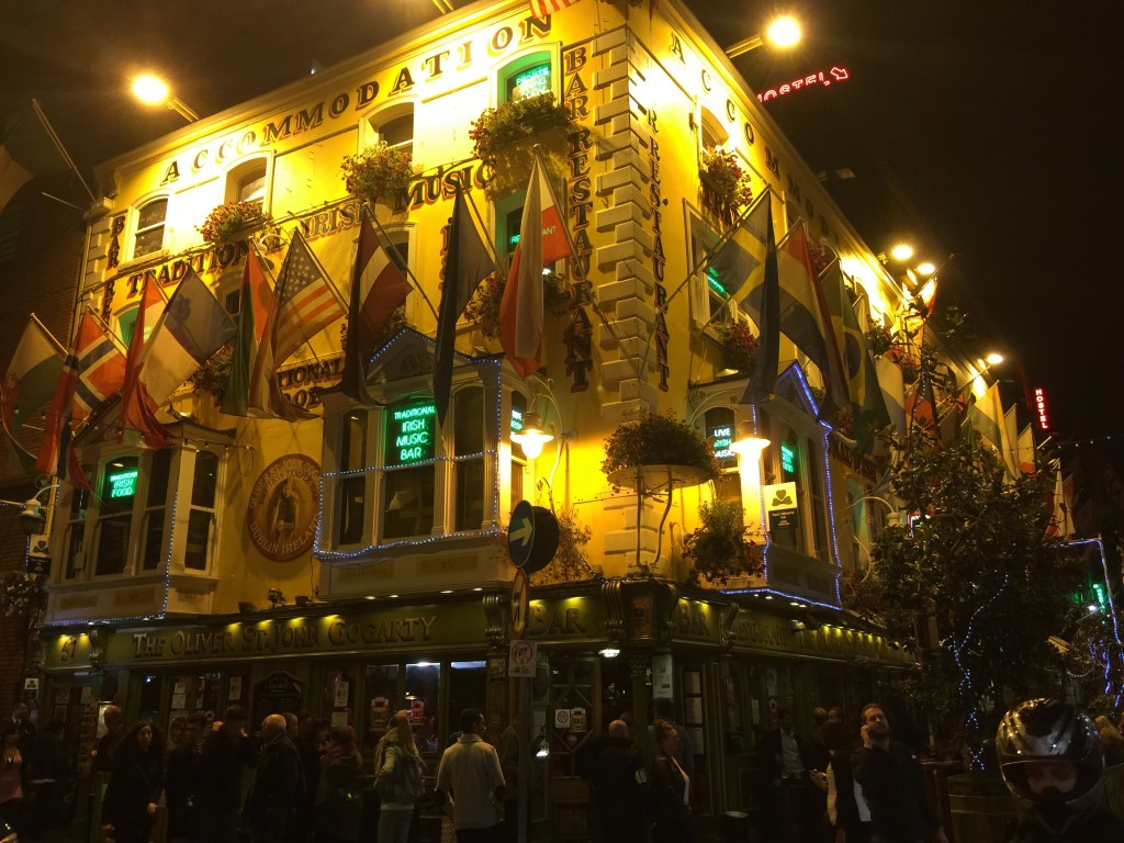 Gogarty at night